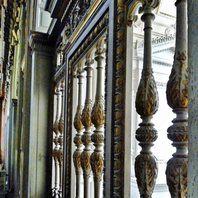 Fontainebleau, Dans la Chapelle de la Trinité
