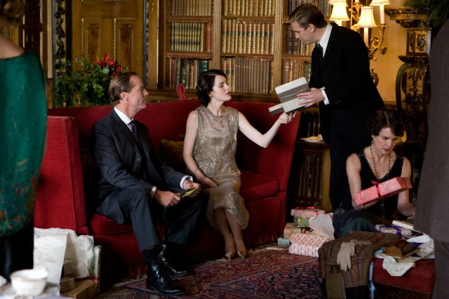 Downton-Abbey-Christmas-Exchange1
